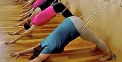 ۴-آموزش یوگا به مبتلایان اسکولیوز