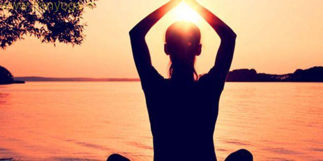 چهار فایده تمرین یوگا در صبح