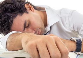 دلیل بروز خستگی مفرط را بشناسید!