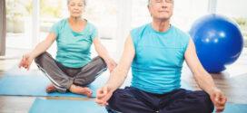 حرکات ساده یوگا برای سالمندان